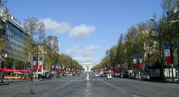 Avenue des Champs-Élysées - 2001
