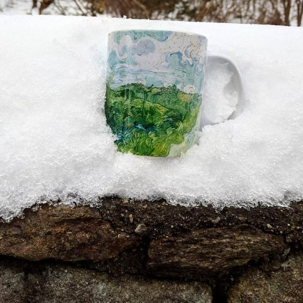 coffee-in-the-snow