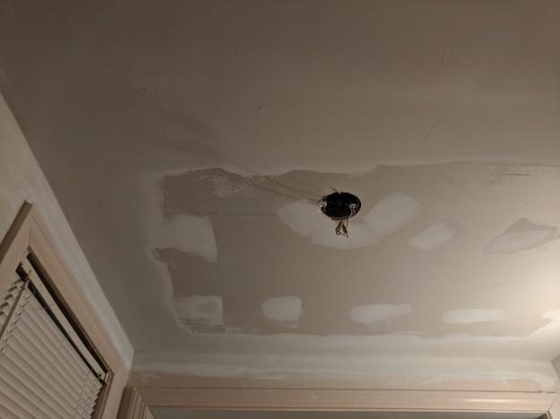 bathrooom-ceiling
