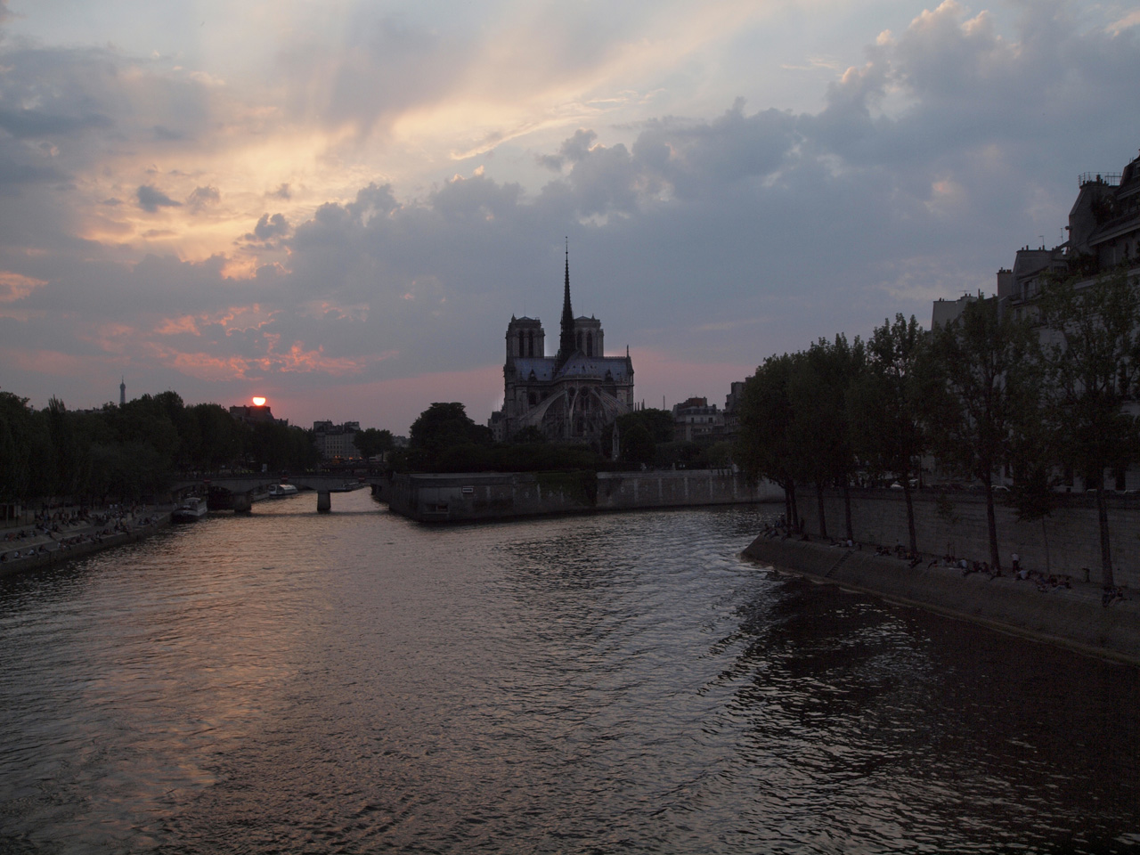Notre Dame Cathdral at sunset